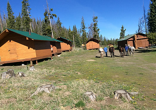 Green River Camp, Horseback Rides, Hunting, Camping